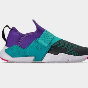 Nike Boys Huarache Extreme Now Running Casual Shoe